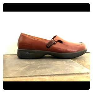 Dansko brown leather shoes.  EUC